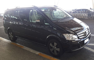 7 Seat Luxury Van ( Mercedes Benz Viano )